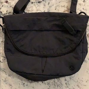 Lululemon festival bag